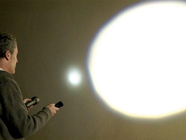 Starlyf-Super-Flashlight-02